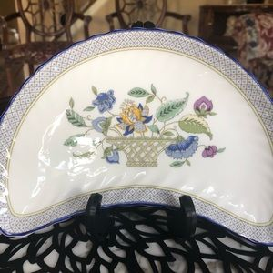 "Minton Fine Bone China Accents - Minton, Haddon Hall: ""Trellis"" Blue Crescent Plate"
